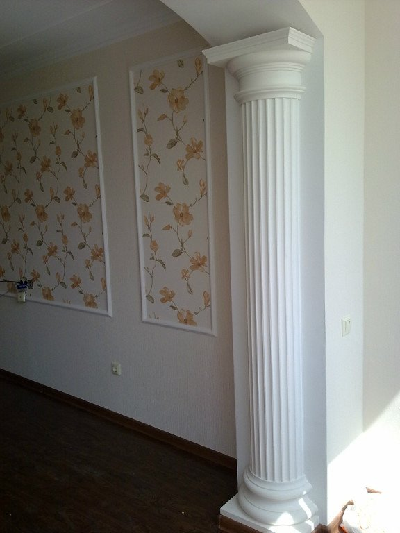 Buy Columns plaster from Androni-Lex SRL