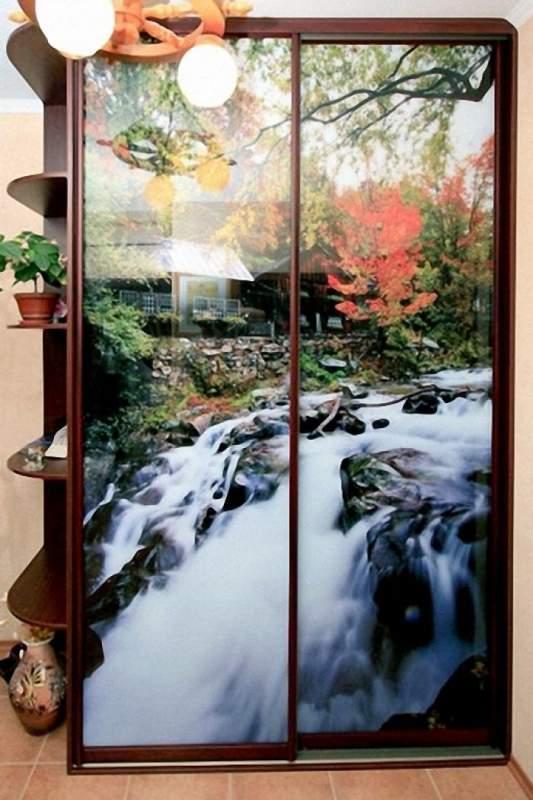 Купить Шкаф-купе с водопадом