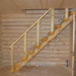 Купить Лестница деревянная для дачного домика