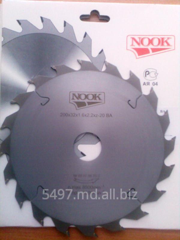 Купить Пила дисковая с твердосплавными пластинами ф=200х32х20 зуб 2,2 мм ТМ NOOK