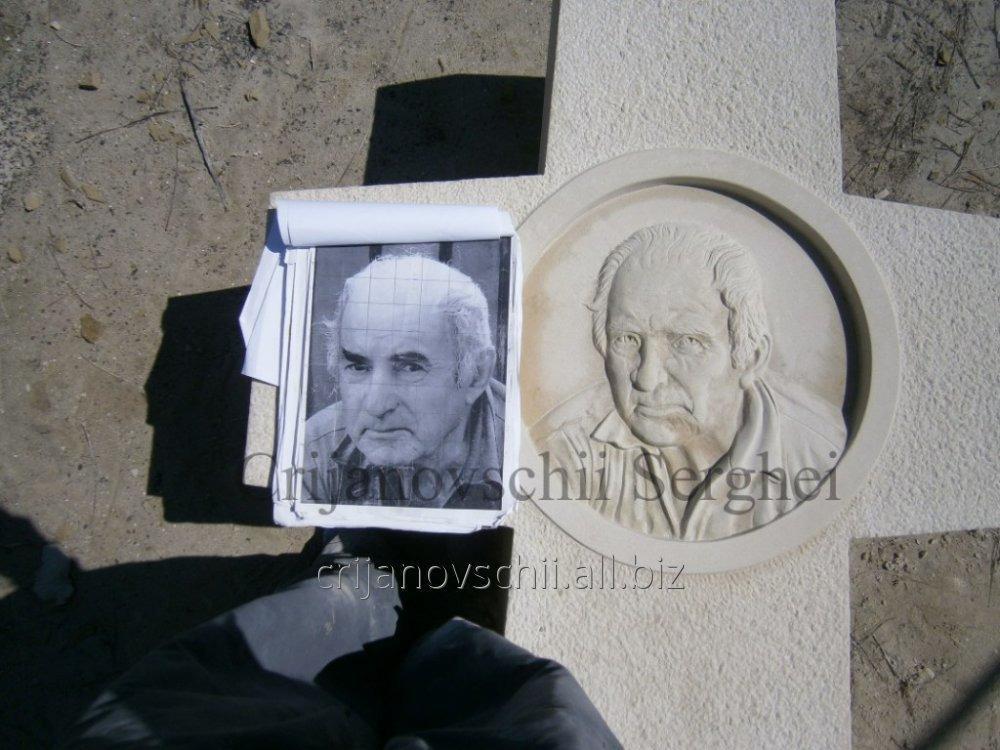 Портреты из камня на заказ.
