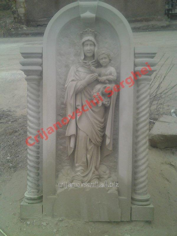 Скульптура Sf Maria
