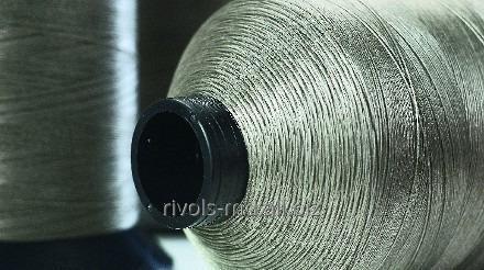 Монокордная нить, сделанная из 100% полиэстерного волокна Coats Polymatic