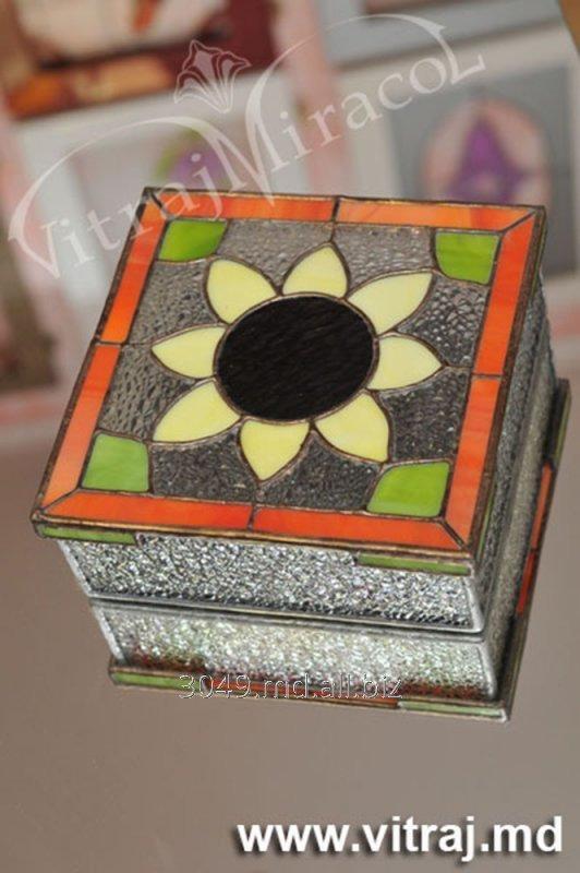 Купить Сувениры и подарки из витражей