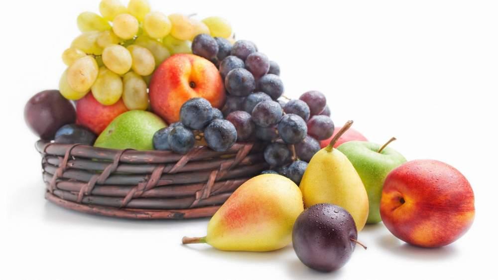 Купить Фрукты разные ( сливы, абрикосы, виноград,яблоки )
