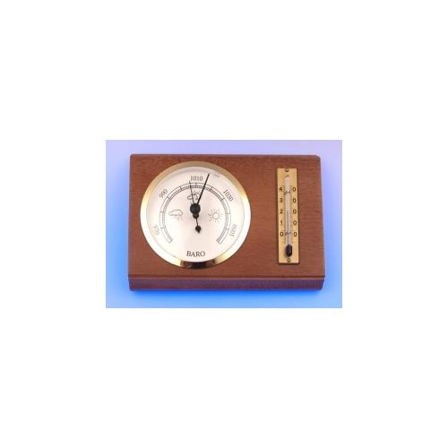 Барометр с термометром на деревянной доске