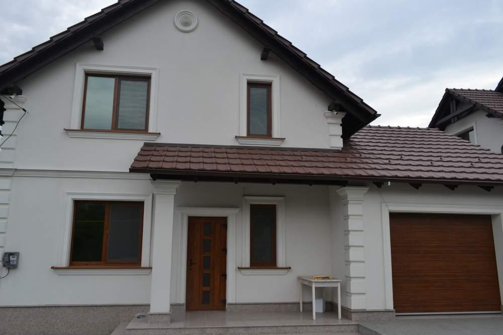 Окна хорошего качества -  Частный дом Колоница  - Ferestre - rolete - casa particulara Colonita