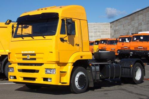 Седельный тягач KAMAZ-5460-73
