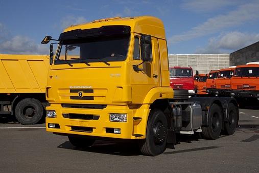 Седельный тягач KAMAZ-6460-73