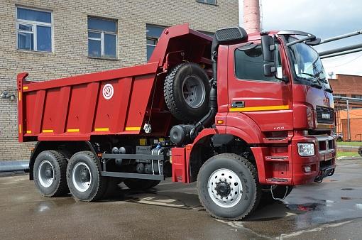 Самосвал KAMAZ-65802-153001-87(S5)