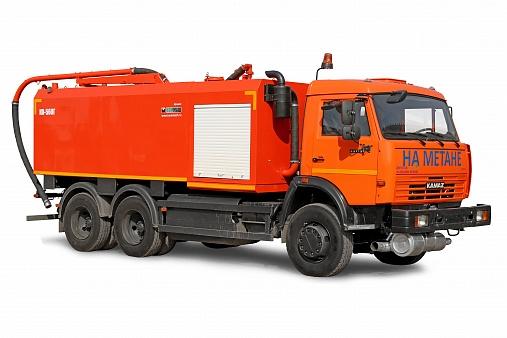 Комбинированная машина КО-560Г с илососным и каналопромывочным оборудованием