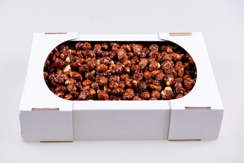 Арахис в карамельной глазури 0,900 kg , Miez de arahide prajite in caramela 0,900 kg