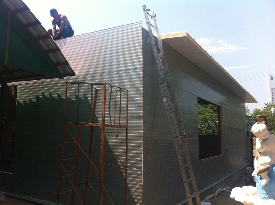 The building of the sandwich panels art. 26