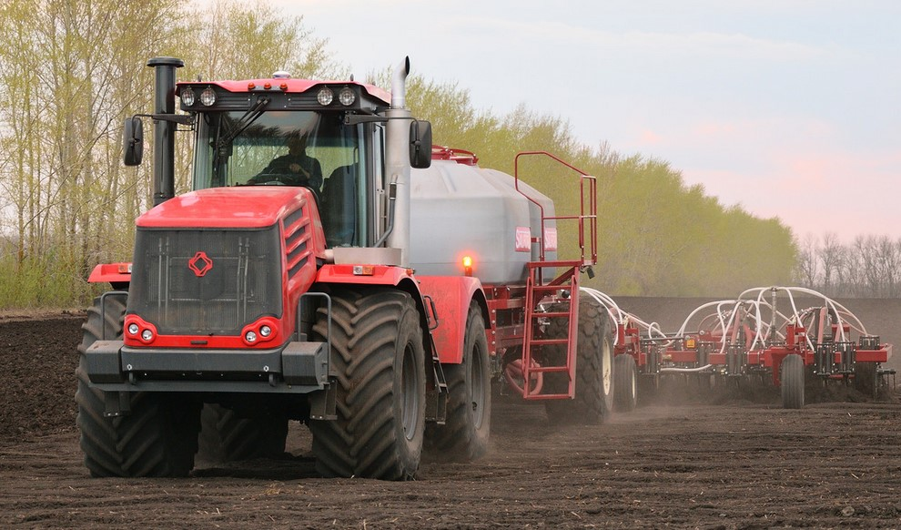 cumpără Tractor Kirovets K-744R2 Standard