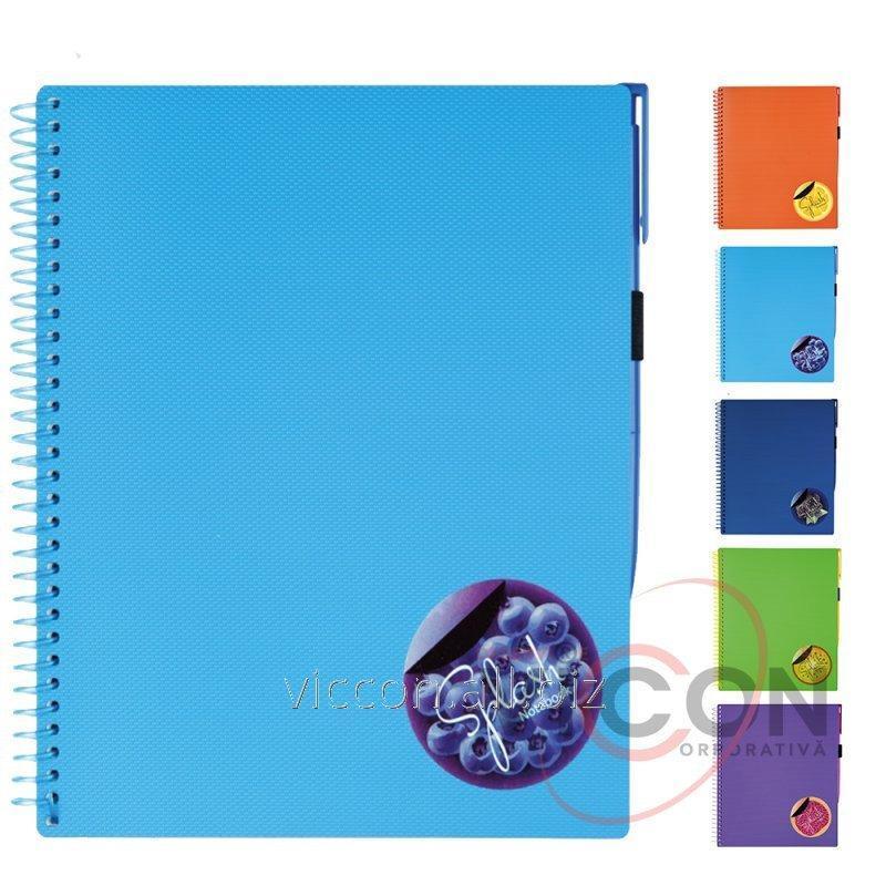 Купить Тетрадь B5 Splash с ручкой на резинке, с цветной наклейкой, 175 х 206 мм, пластиковая обложка