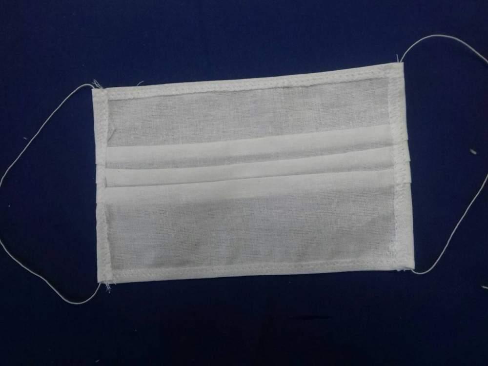 Маски медицинские белые из хлопка эластичные / Masti medicinale albe din bumbac