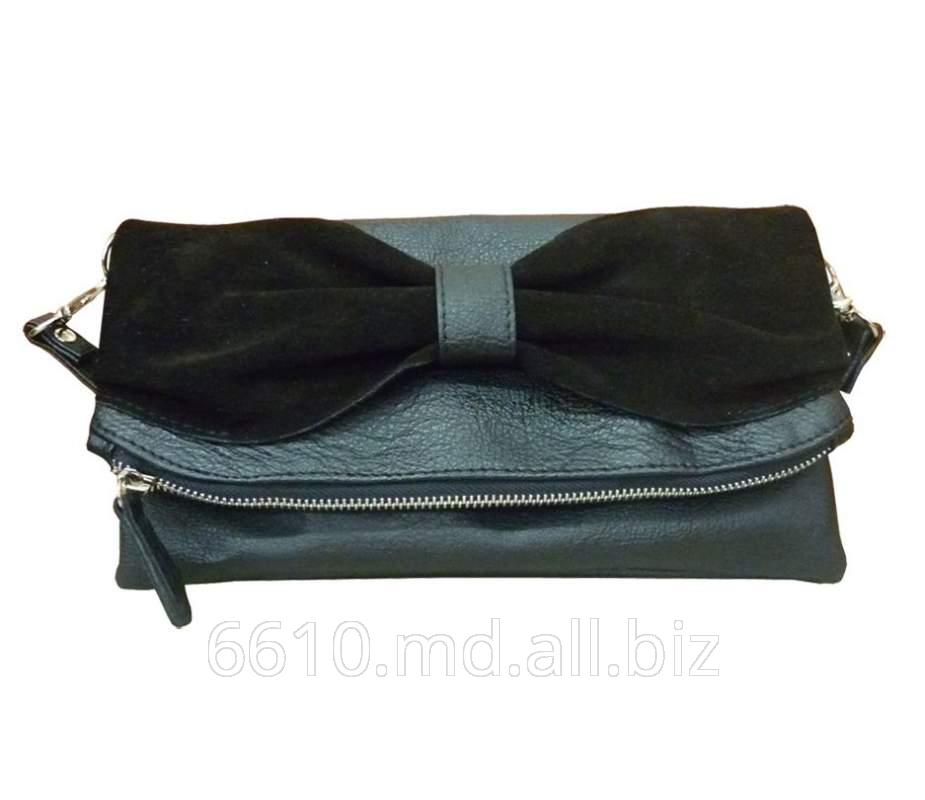 Купить Женские сумки клатч очень удобны для изящных и нежных ручек представительниц слабого пола.