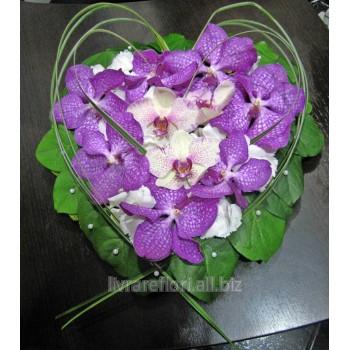 Купить Букет цветов из орхидей