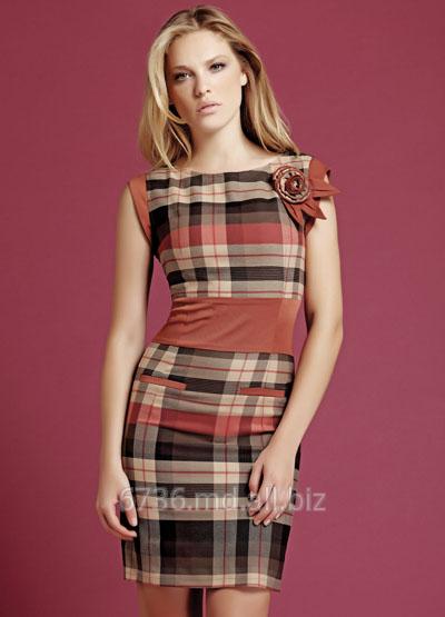 Купить Любая женщина стремится быть в курсе последних модных тенденций, одеваться стильно и современно. Модная женская одежда поражает воображение своим многообразием и неограниченным выбором самых разнообразных моделей.