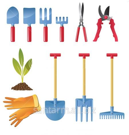 Лопаты, грабли, секаторы, сучкорезы, ножевки, вилы, косы.