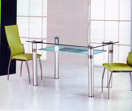 Оргстекло на стол: новое прочтение старой моды.
