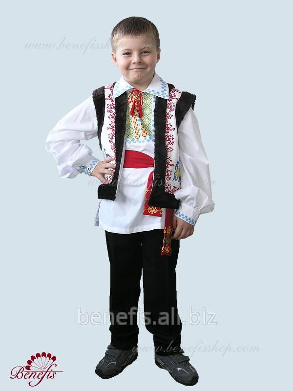 Молдавский национальный костюм / J 0004