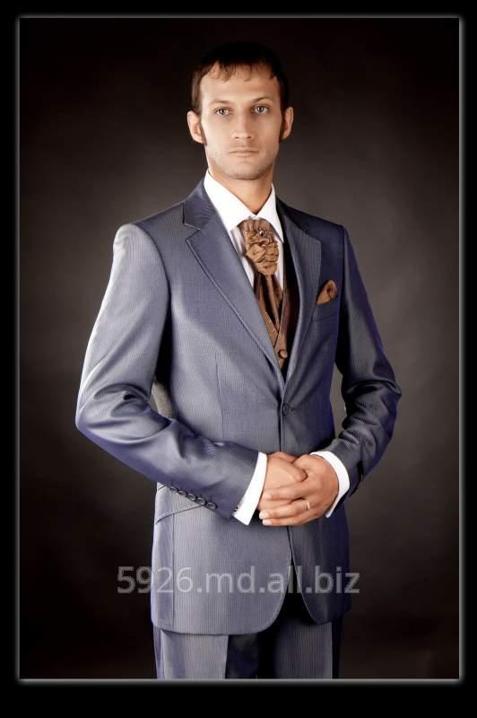 Классические мужские костюмы