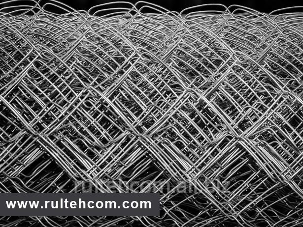 Сетка плетеная металлическая для забора. Сетка рабица. Plasa metalica rabita gard