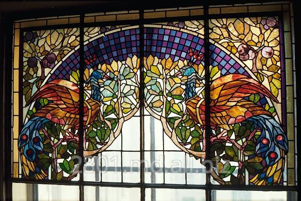 价格窗户彩色玻璃 在 摩尔多瓦