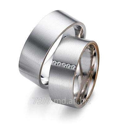 Купить Кольцо обручальное золотое с бриллиантами