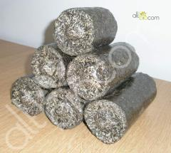 Fuel briquette from sunflower pod