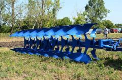Полунавесной оборотный плуг PRXM