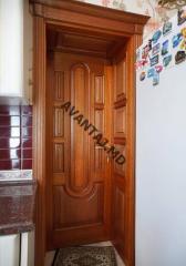 Drzwi z naturalnego drzewa