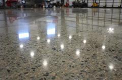 Industrial floors. The polished concrete.