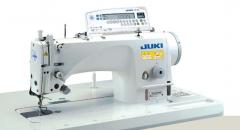 Одноигольная машина челночного стежка JUKI