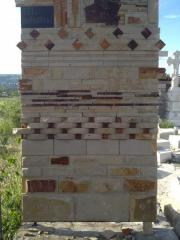 Front stone natural