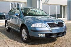 Автомобиль Skoda Octavia Elegance 1.6 MPi