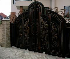 Ворота в Молдове ,кованные ворота