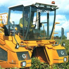 Комбайн для уборки винограда Gregoire G–152