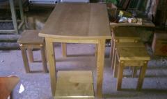 Столы деревянные кухонные,письменные,парты детские