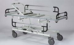 Stretcher for the patient with adjustable heigh
