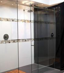 Sliding shower a cabin from the tempered glass