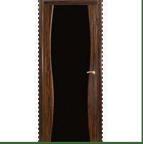Двери межкомнатные с черной вставкой