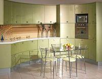 Кухня светло-зеленая