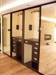 Шкаф купе в гостиную с зеркалами