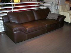 El sofá en la Moldova, N-48