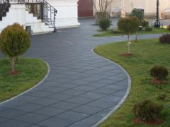 He pressed tile, paving slabs, decorative tile