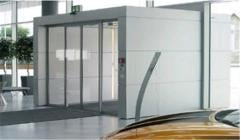Automatic door of Slimdrive SL-BO for emergency