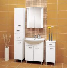 Mobilier şi oglinzi cu dulap pentru baie