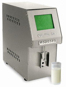 AKM-98 milk analyzer Laktoskan S